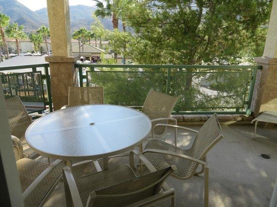 Welk Resort San Diego: Deck/Patio
