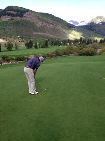Vail Golf Club: # 15 green
