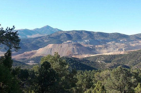 Ely, NV: Copper mine viewed from Garnet Hil
