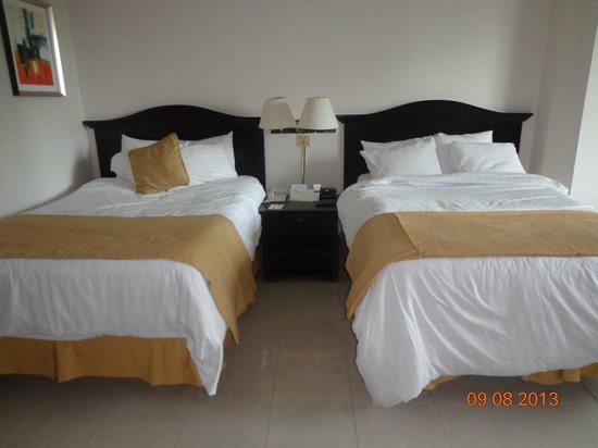 Hotel El Panama : Comodidades del dormitorio