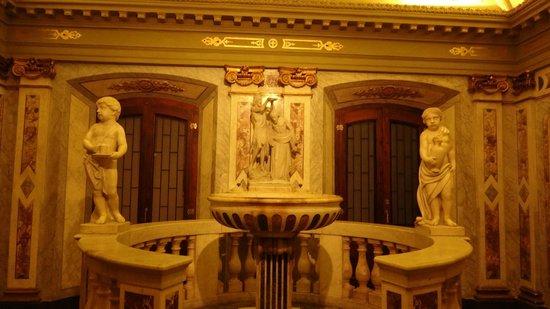 Catedral Matriz: Pia batismal na Catedral Metropolitana de Montevideu