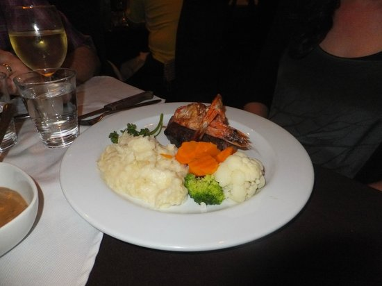 Riverview Hotel : Surf & Turf with Mash Potatos
