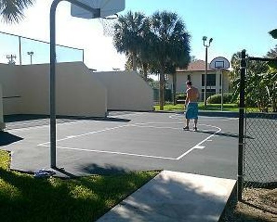 Lehigh Resort Club Racquetball And Basketball For Guest Enjoyment