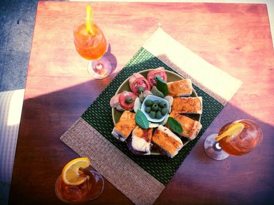L'Osteria Samui : Spritz Aperol Party.