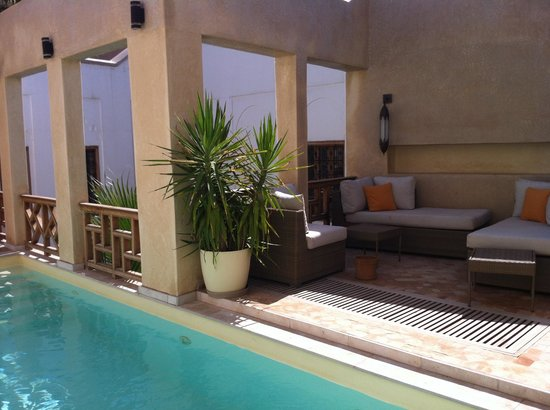 Riad tm nights : Piscine