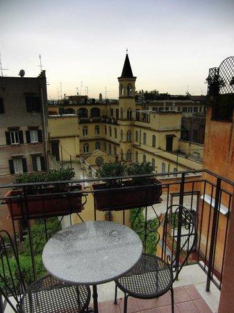 Hotel Modigliani: View Room 501