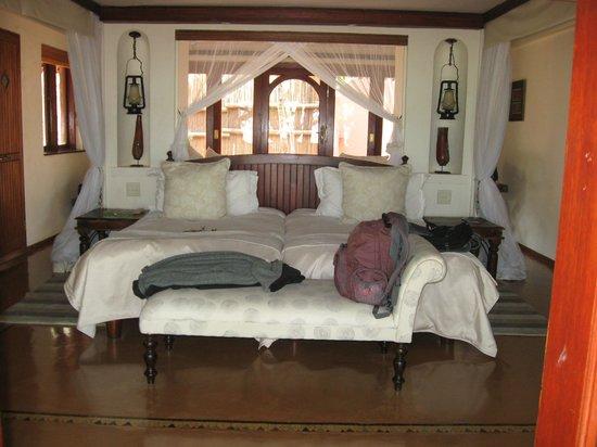 Sanctuary Chobe Chilwero: Blick in den Wohn/ Schlafraum