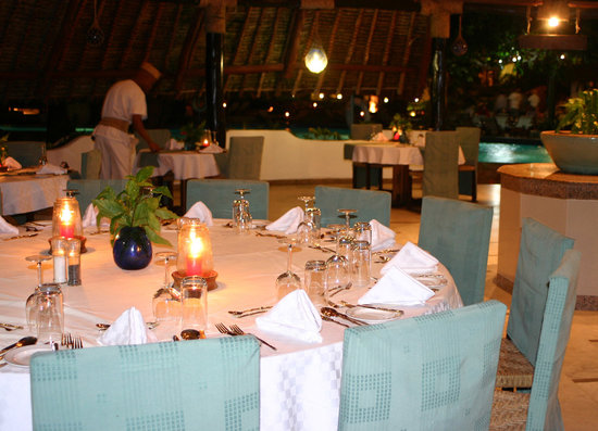 Ocean Village Club: Sails Restaurant