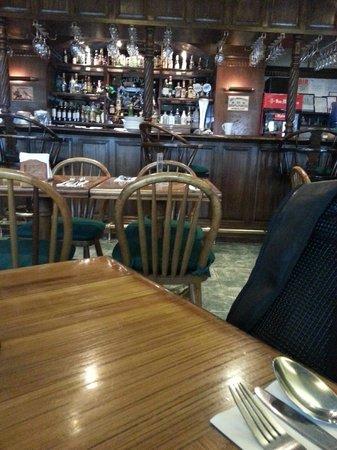 Murphy's Irish Pub and Restaurant: Bar area
