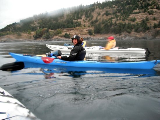 Discovery Sea Kayaks : our guide A.J.
