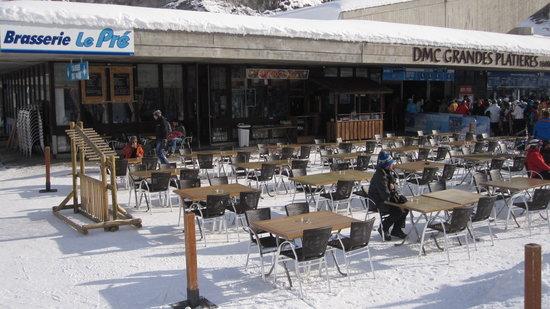 Brasserie Le Pre : la terrasse