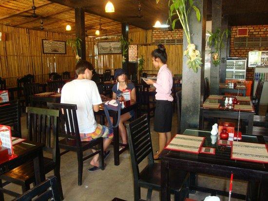 Khmer angkor kitchen restaurant picture of khmer angkor for Angkor borei cambodian cuisine