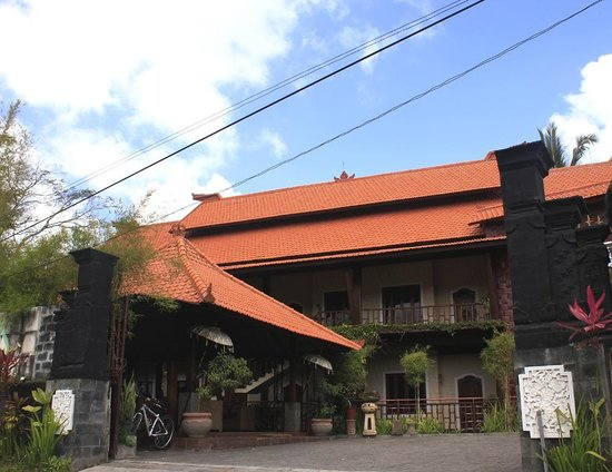 Junjungan Ubud Hotel and Spa: Hotel Enterance