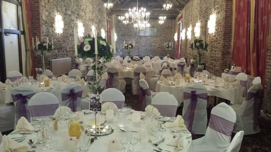Knights Hill Hotel & Spa: Where the wedding breakfast was held so beautiful