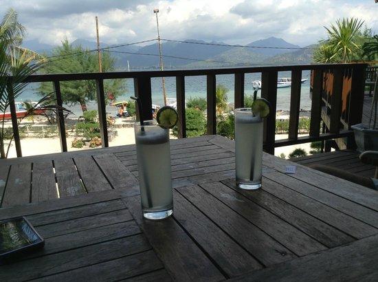 Villa Karang Hotel and Spa: dal bar