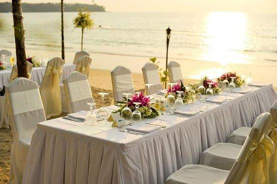 Casuarina Beach Restaurant : Wedding Dinner on the Beach