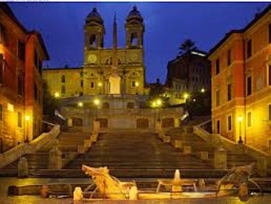 Hotel Dei Borgognoni : local attractions Spanish Steps