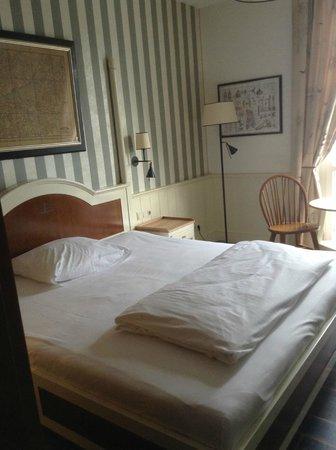 """Hotel """"Bell Rock"""" Europa-Park: camera"""