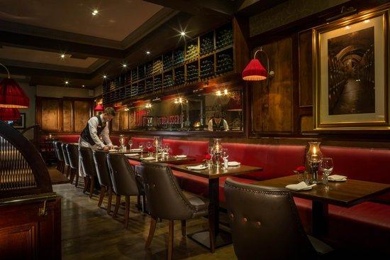 Newpark Hotel: Scott's Brasserie