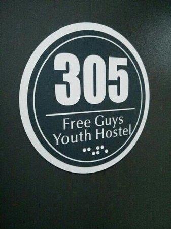 Chengdu Free Guys Youth Hostel: my room