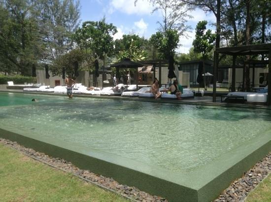 SALA Phuket Resort and Spa: uma bela piscina