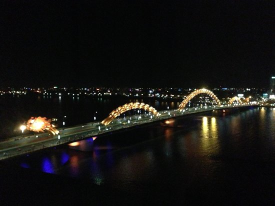 Danang Riverside Hotel: the view from my room at night