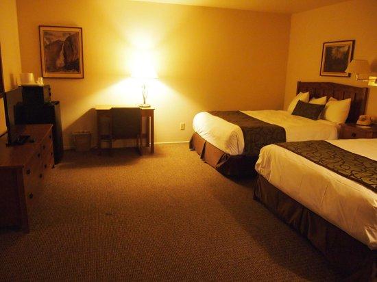 Mariposa Lodge: Habitación