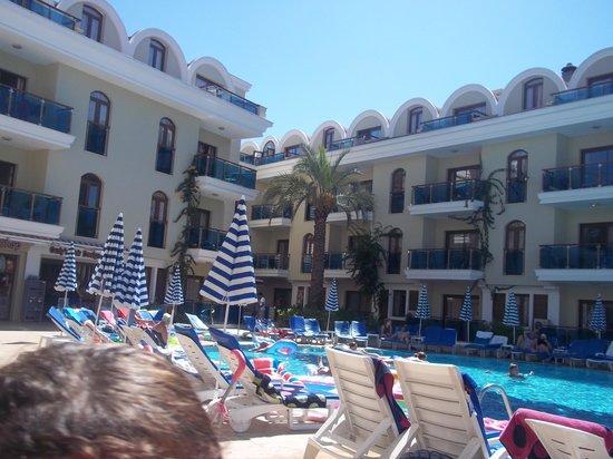 Candan Club Hotel: pool