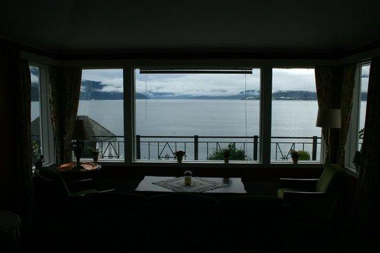 Midtnes Hotel: Vista dalla sala lettura dell'hotel