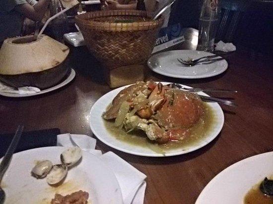 Pondok Laguna: Fried Crab with onions