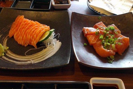 Tajimaya Yakiniku: Salmon sashimi