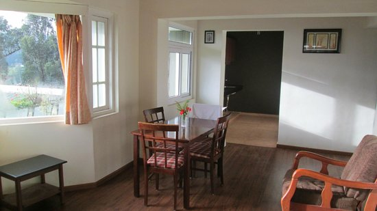 Sabol Holiday Resorts: Living area and kitchen