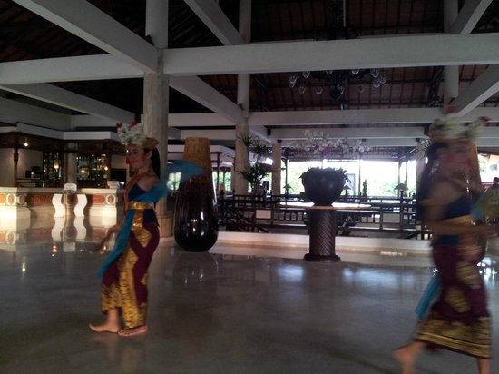Sol Beach House Benoa Bali by Melia Hotels International: Lobby