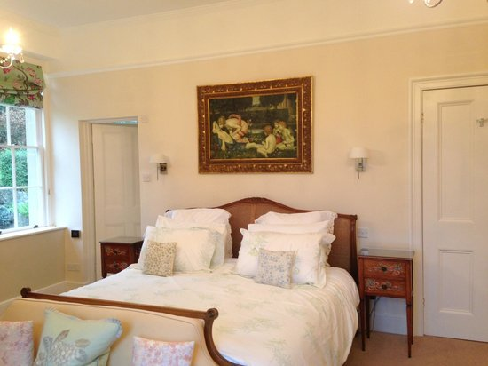 De Montalt Wood : Fantastic oversized bed