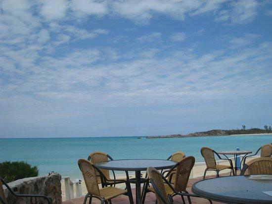 Fernandez Bay Village : plage