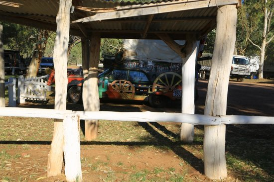Ross River Resort: variety bash