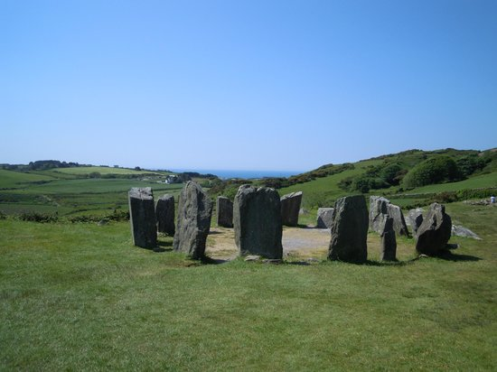 Drombeg Stone Circle: Stone circle with sea in background