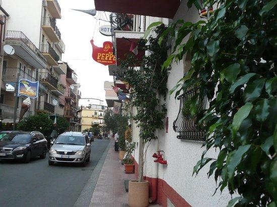 Hotel da Peppe: Wejście do hotelu