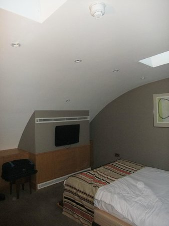 Holiday Inn Express Crewe: Top floor room