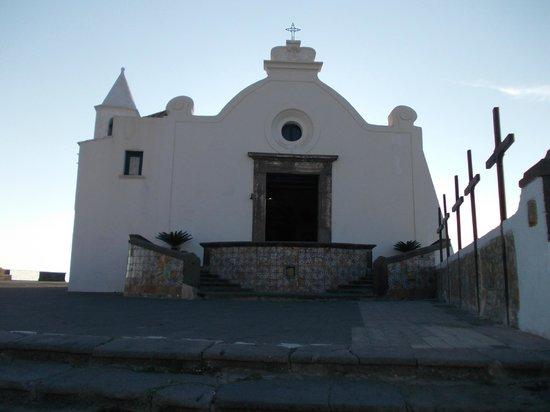 Chiesa del Soccorso : La scalinata ed il portone di S.Maria del Soccorso