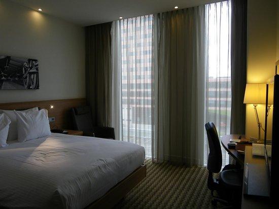 Hampton by Hilton Amsterdam / Arena Boulevard: la chambre spacieuse