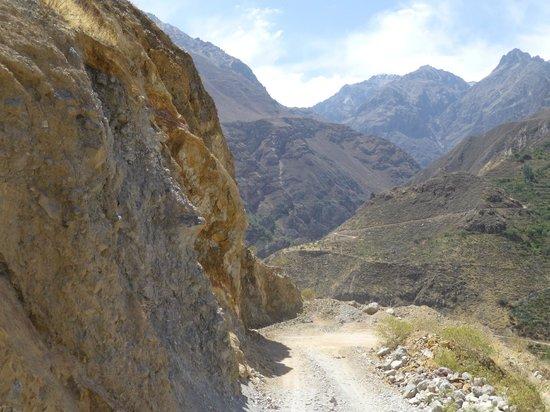 Kuntur Wassi: wandeling in de Canyon