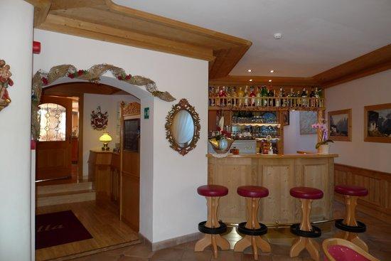 Hotel Rodella: Bar und Rezeption