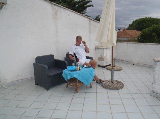 Paistos Hotel: Zimmer mit Terrasse