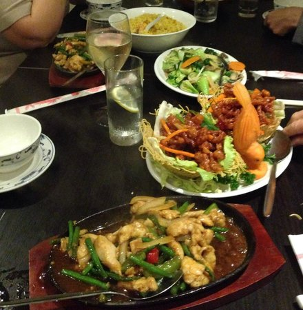 Yo Wan Oriental Restaurant and Bar: Selection of Main Courses