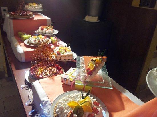 Club Med Sant'Ambroggio : Dessert soirée