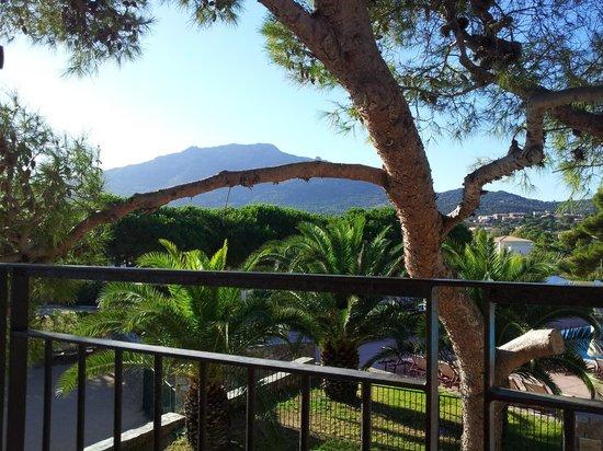 Club Med Sant'Ambroggio : Vue terrasse petit déjeuner