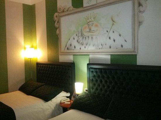 camera con due letti da una piazza e mezza. - Foto di Hotel La ...