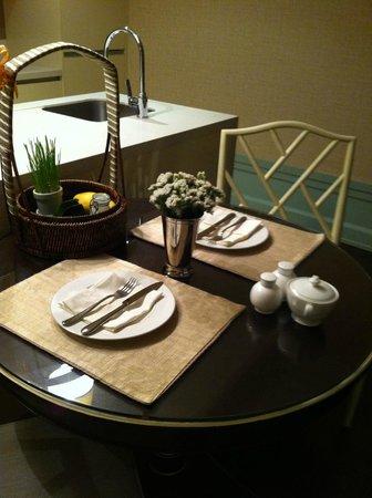 Oriental Residence Bangkok: The Mango + Sticky Rice welcome basket