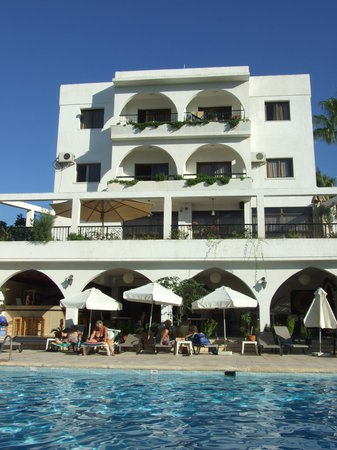Stephanos Hotel Apartments: Hotel View